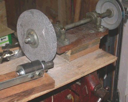 Home built grinder with added platform and blade grinding guide
